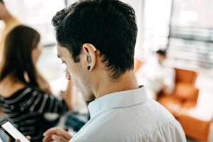 sourds implantés