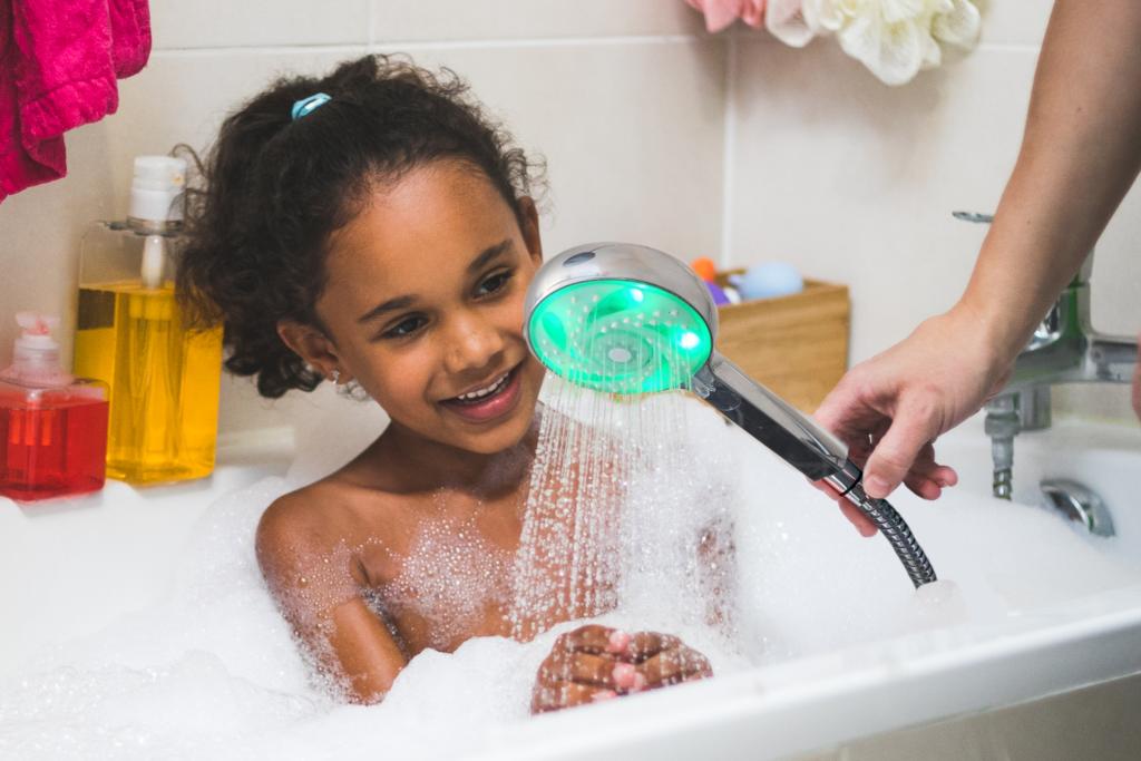 économiser l'eau dans le bain avec Hydrao partenaire de Konyks